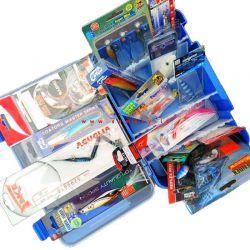 Kit Esche Artificiali Assortite Pesca 16 Pezzi Qualità + Scatola